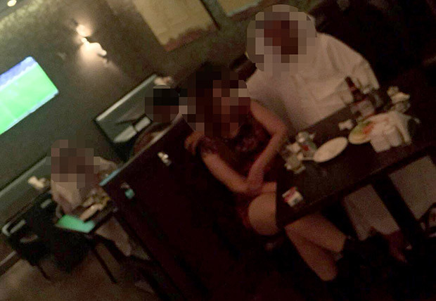 Dubai escorts working in hotel bars/clubs.