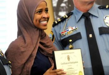 somali-police-participation-female-minneapolis-minority